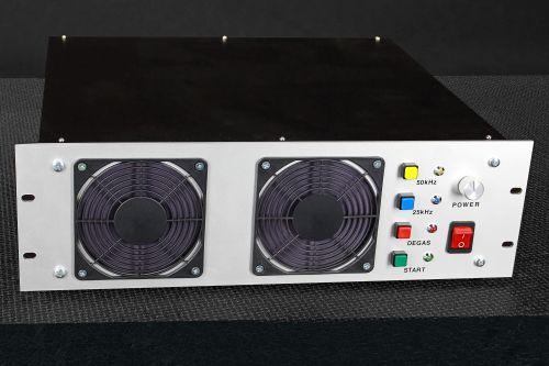 Ultrazvukový generátor panel